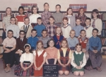 Jarrettown Elementary  Miss Drissell  Grade 4A    FRONT ROW:  Sue Kirsch, Sue Murray, Sue Rothenberg,Terry Lingenfelter?